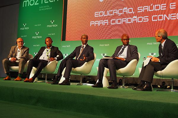 Conferência sobre a Educação, Saúde e e-Gov para Cidadãos Conectados