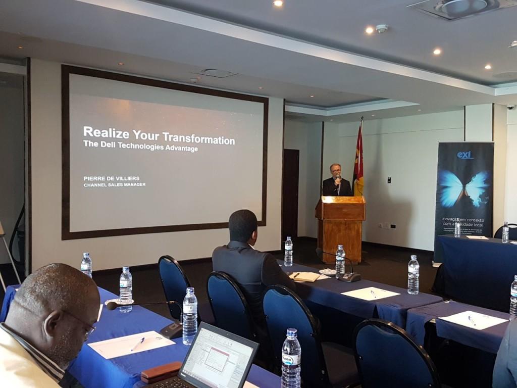 Eng. José Murta fazendo o discurso de abertura do Evento
