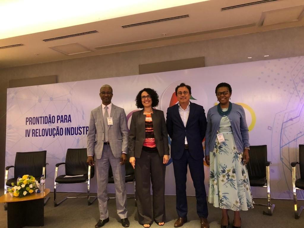 Painelistas: Dra. Esselinha Macome, Eng. Rogério Lam e o Eng. Augusto Nunes